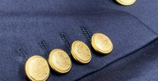 青ジャケット金ボタン